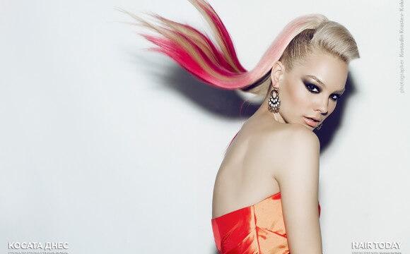 Розово в косите